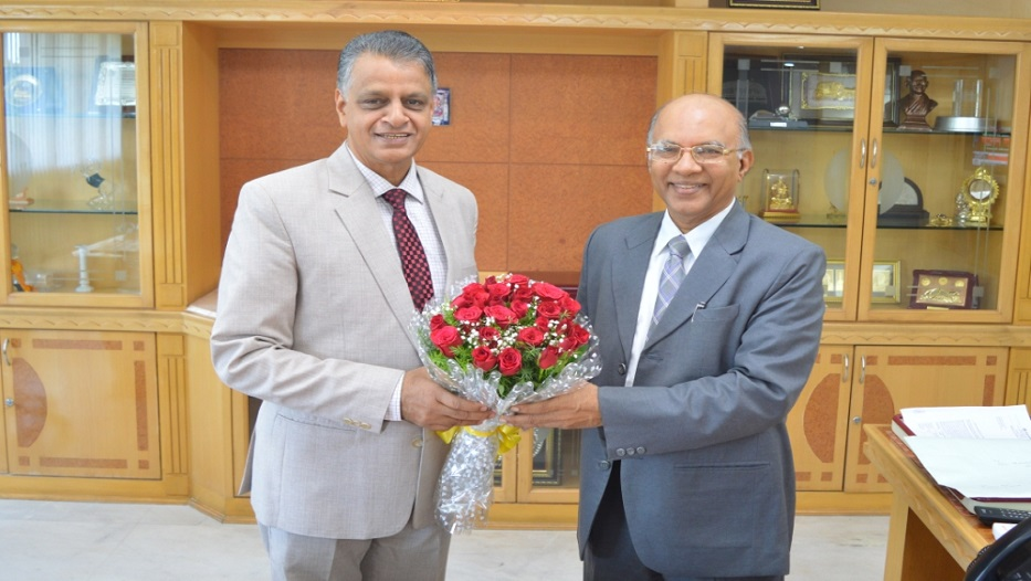 Greetings to Shri Mahabaleshwara M S, Managing Director & CEO, Karnataka Bank.
